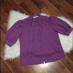 🦋2/$10 3/$15 4/$18 5/$20 Vintage Tie Neck Blouse